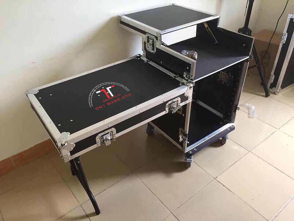 Tủ rack có chân xếp di động một bên